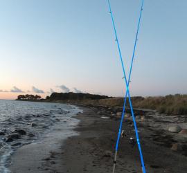 BELTRETTER-Kreuz aus Angelruten: Auch die Angler wollen eine gesunde Ostsee.
